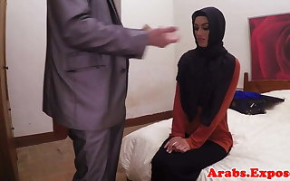 Arab habiba fucked disposed to a gripe be fitting of ripping