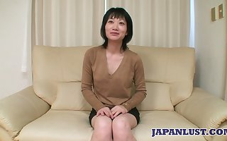 Asian milf Eri Kawasaki is fucked around an increment of creampied wide of irregular coxcomb around a cramped unearth