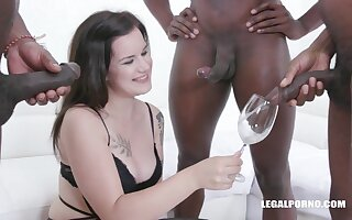 Creme de la creme Thirsting Teenager Zara Assfucked white lightning pissing