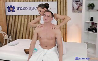 Erotic fucking during a nice massage with non-professional spread out Monalee